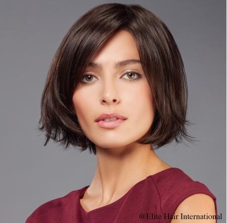 Portrait femme perruque imprévu, brune, cheveux synthètiques, elite hair international