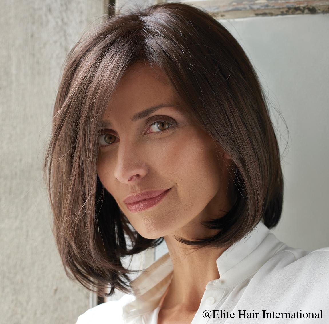 Portrait femme perruque Intrigue ****, cheveux synthètiques, elite hair international